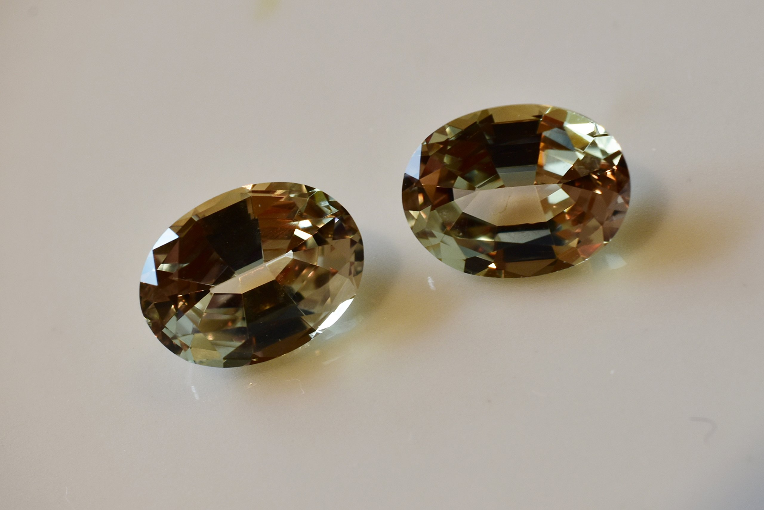 Zultanite (1) 1.37 Ct Natural Loose Gem 8x6mm Oval Cut Cert of Auth G011 by Zultanite (Image #4)