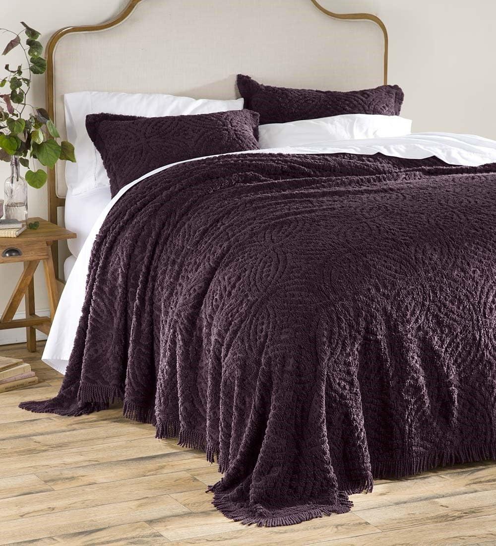 Eggplant Plow /& Hearth Wedding Ring Tufted Chenille Full Bedspread