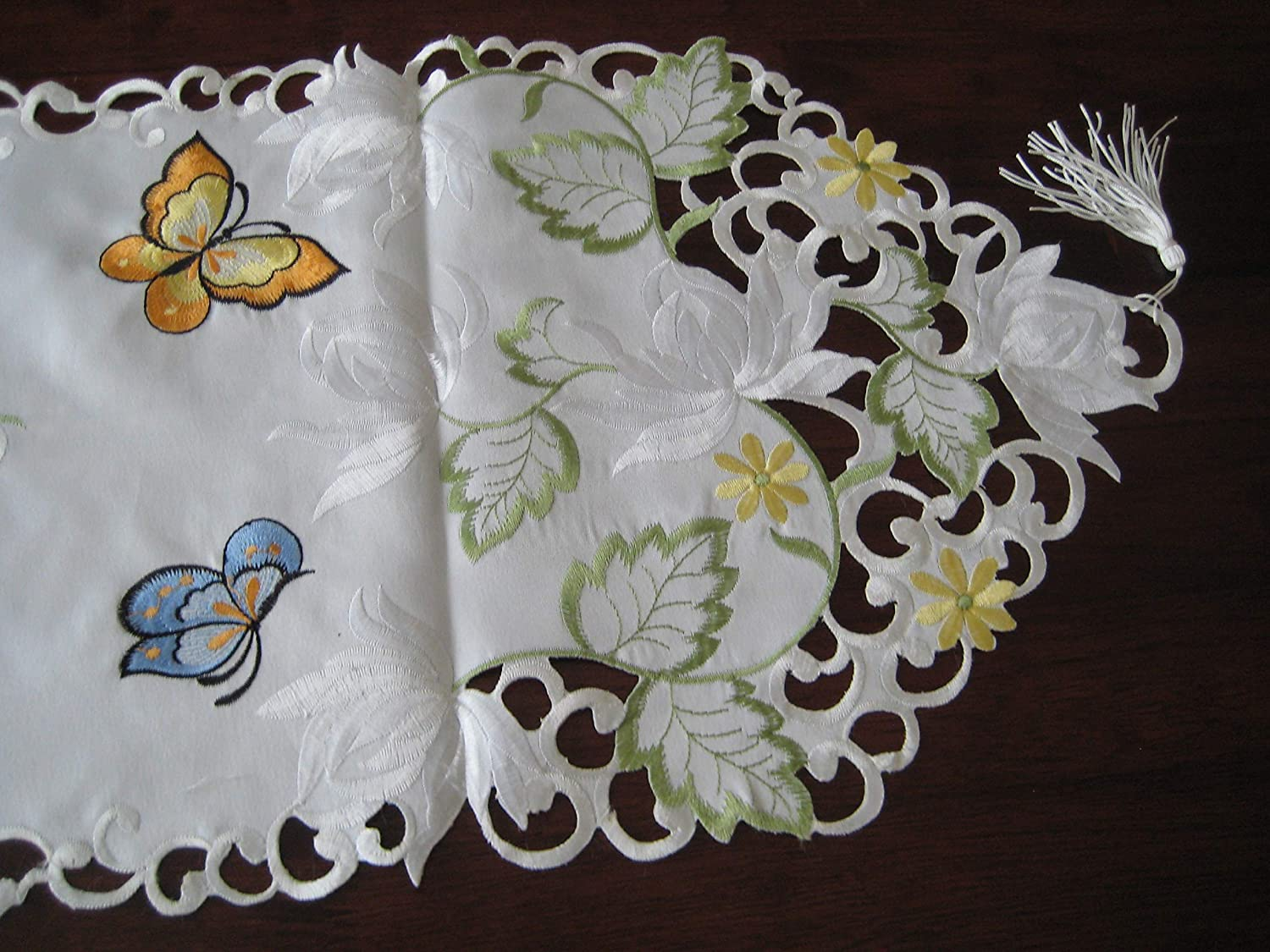 BR brand Embroidered Butterfly Floral Flower Cutwork Table Runner Embroidery Brilliant Home 3 Sizes 13 x 27