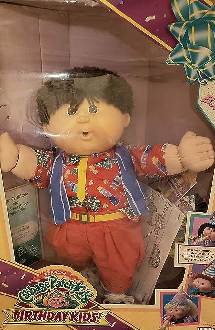 Amazon Com Hasbro 1990 Cabbage Patch Kids Birthday Kids Doll Boy W Brown Hair Toys Games