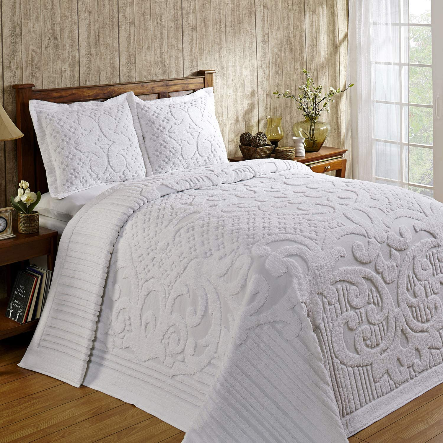 Better Trends Ashton Collection Is Super Soft And Light Weight In Medallion Design 100 Pecent Cotton Tufted Unique Luxurious Machine Washable Tumble Dry, Twin Bedspread, White