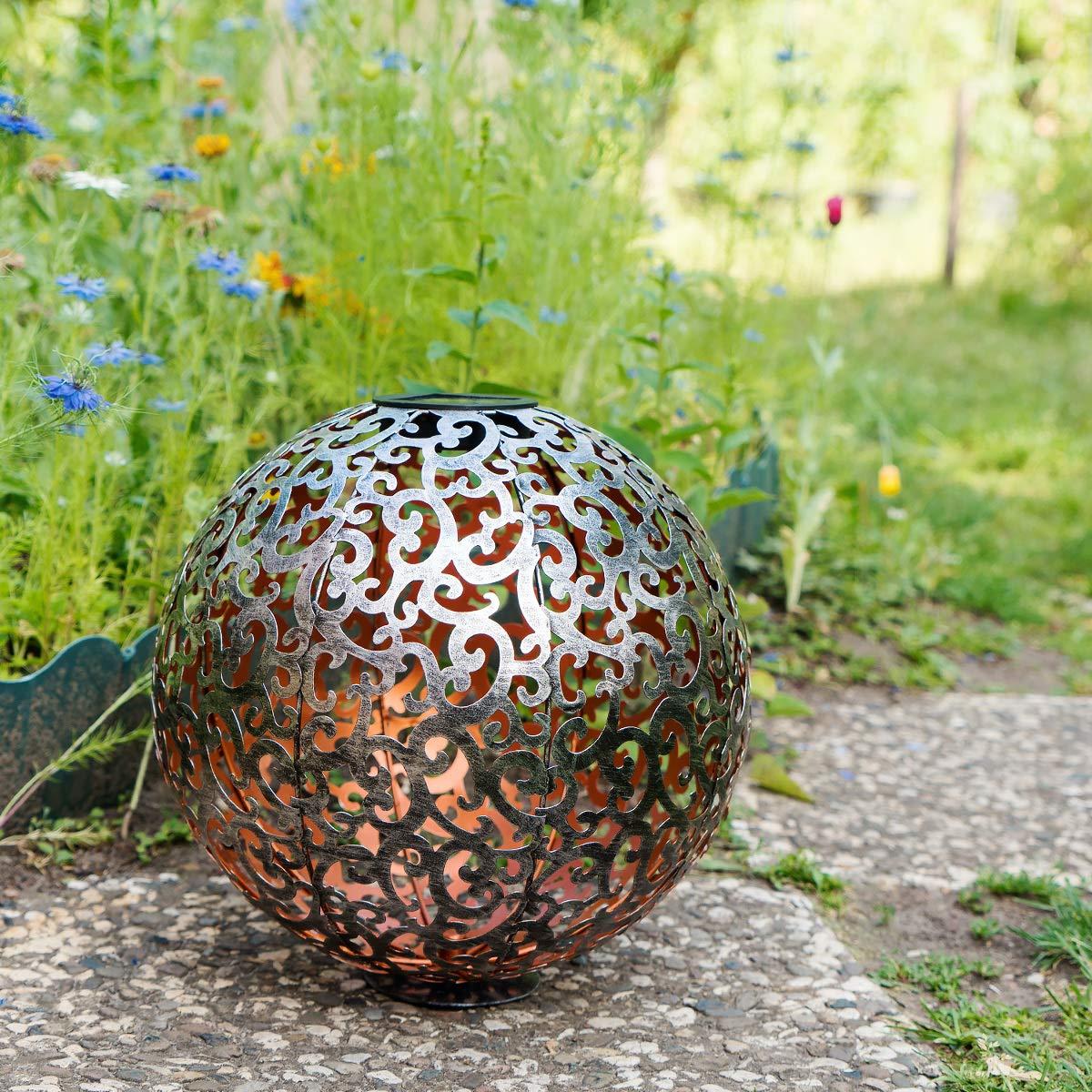 30 x 30cm Navaris LED Solar Kugel aus Metall Geb/ürstetes Silber mit Erdspie/ß Orientalische Solar Kugelleuchte Garten Solarkugel Leuchte