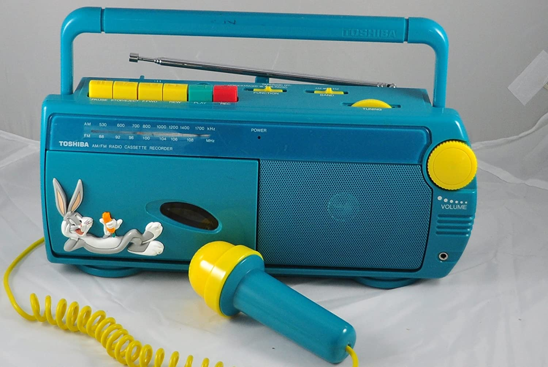 Amazon.com: Toshiba Bugs Bunny Radio AM/FM Grabador de ...