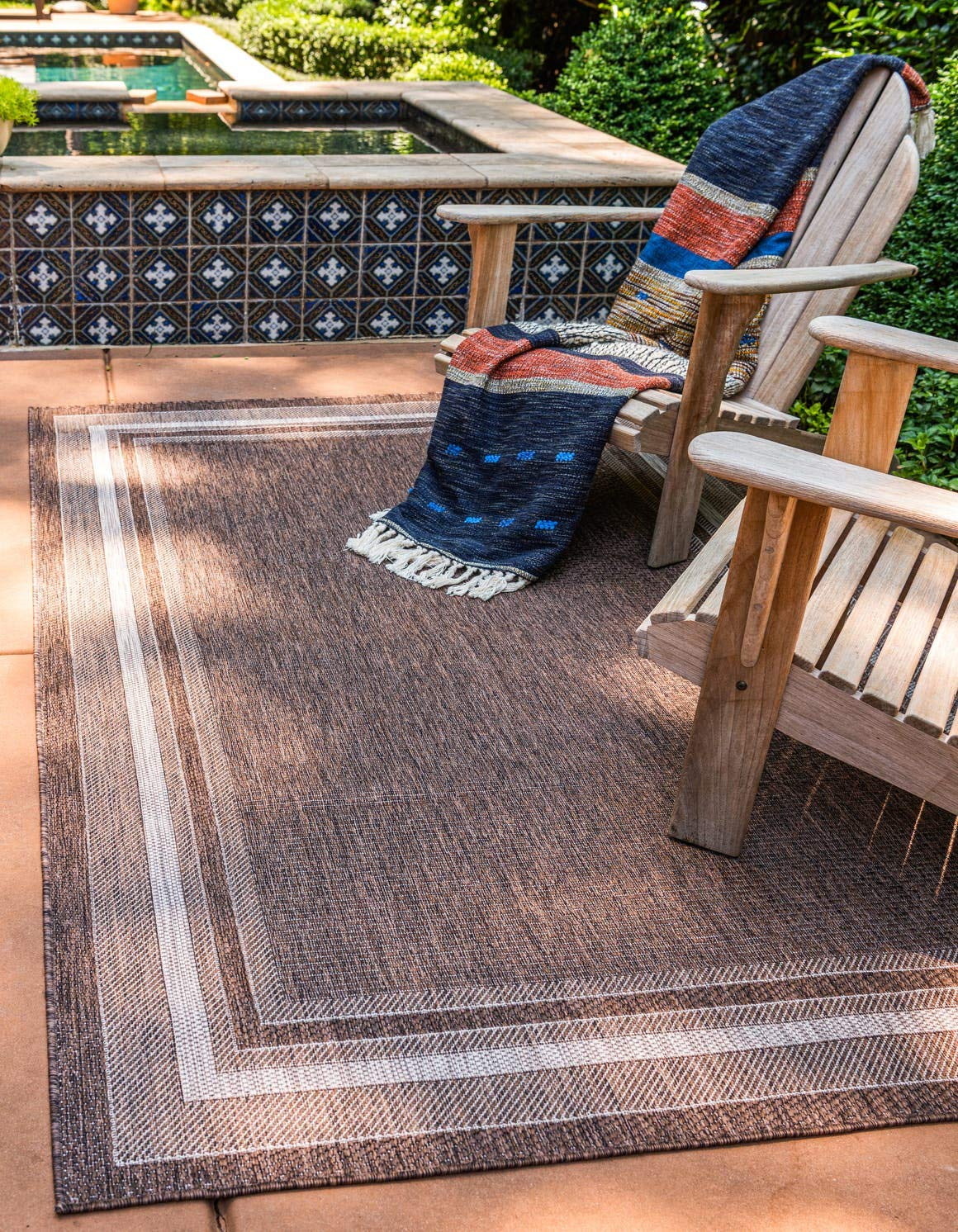 Unique Loom Outdoor Border Collection Casual Solid Border Transitional Indoor and Outdoor Flatweave Brown Area Rug 4 0 x 6 0