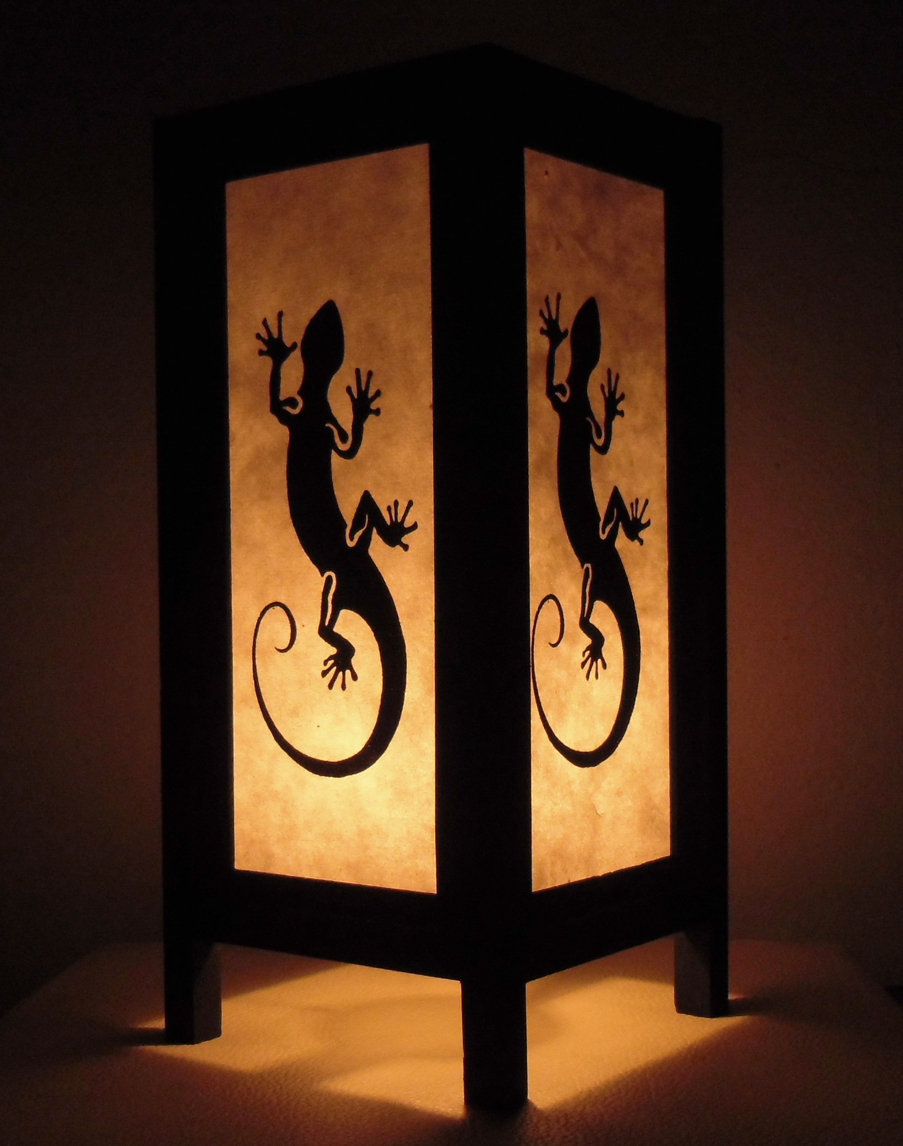 Thai Vintage Handmade Asian Oriental Black White Gecko Dragon Bedside Table Light or Floor Wood Paper Lamp Shades Home Bedroom Garden Decor Modern Design from Thailand by Red berry Thailand Lanna Lamp