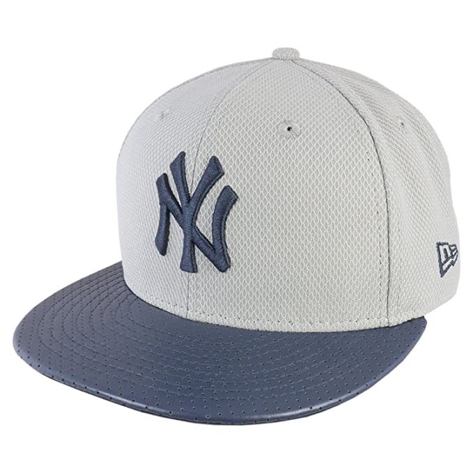 Nueva Era Hombres Caps/Fitted Cap Diamond Era NY Yankees perforado ...