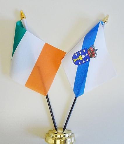 Amazon.com: Irlanda y Galicia Bandera de mesa de amistad 25 ...