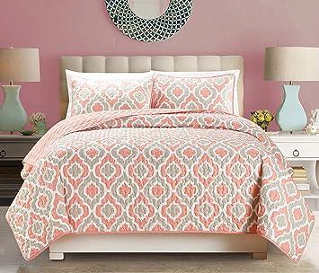 Amazon.com: 3-Piece Fine printed Quilt Set Reversible Bedspread ... : coral quilt queen - Adamdwight.com
