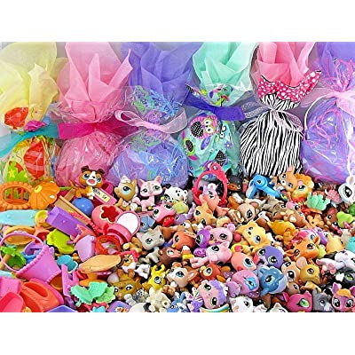 Littlest Pet Shop Huge 70 PC Surprise Grab Bag Blind Bag Random Gift Lot - 30 LPS Loose Figures + 40 Small Accessories + Bonus Gift Blind Bag: Toys & Games
