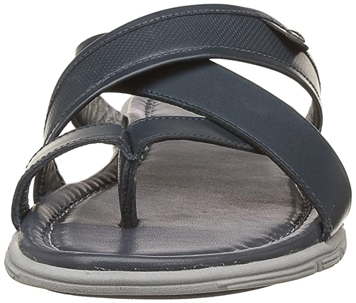 e4501ac748d9 Hush Puppies Men s Sartre Leather Hawaii Thong Sandals  Buy Online at Low  Prices in India - Amazon.in