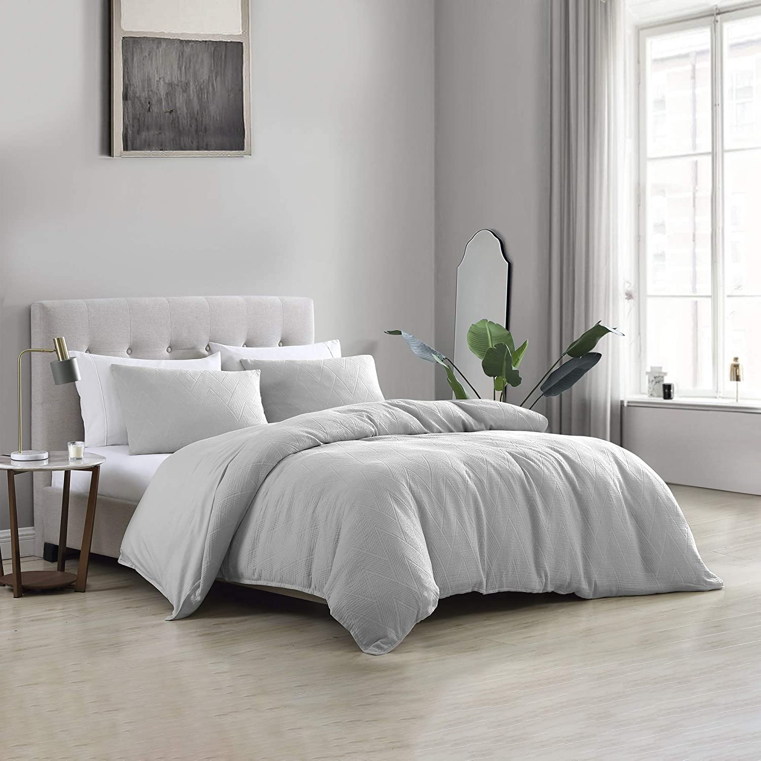 Brielle Home Wesley Solid Cotton Matelasse Textured Duvet Cover Set, Silver, King, Gray