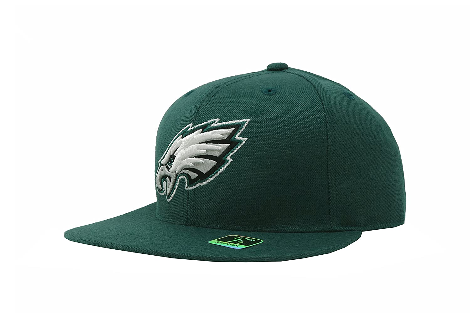 32ef351ca4c Amazon.com   Reebok Philadelphia Eagles Green Sideline Flat Bill Fitted Hat  (6 7 8)   Sports Fan Baseball Caps   Sports   Outdoors