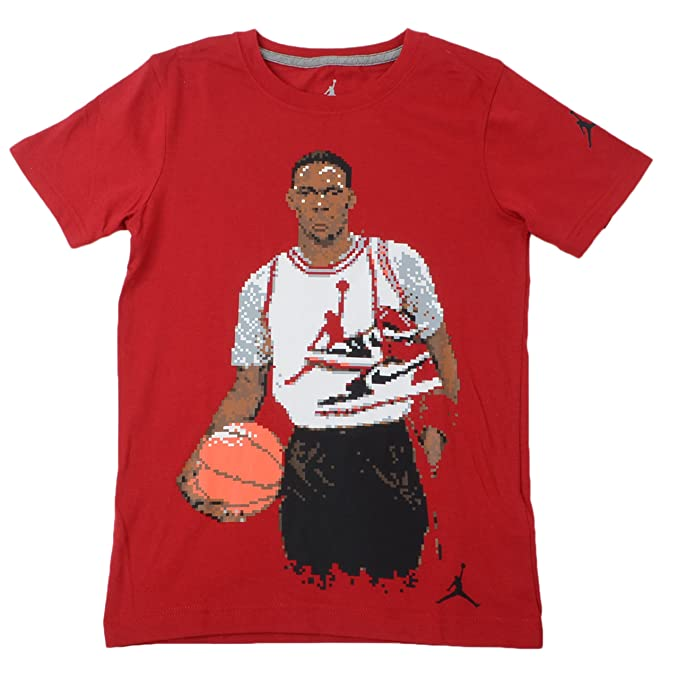dca212adc83762 Amazon.com  NIKE Jordan Classic Pixel Big Kids  (Boys ) T-Shirt Gym ...