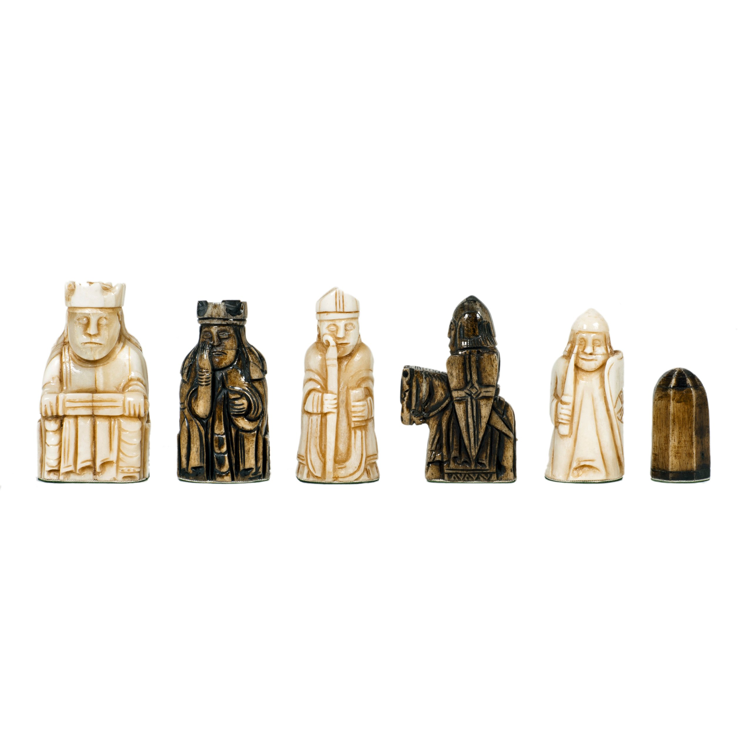WE Games Isle of Lewis Antiquity Chess Pieces