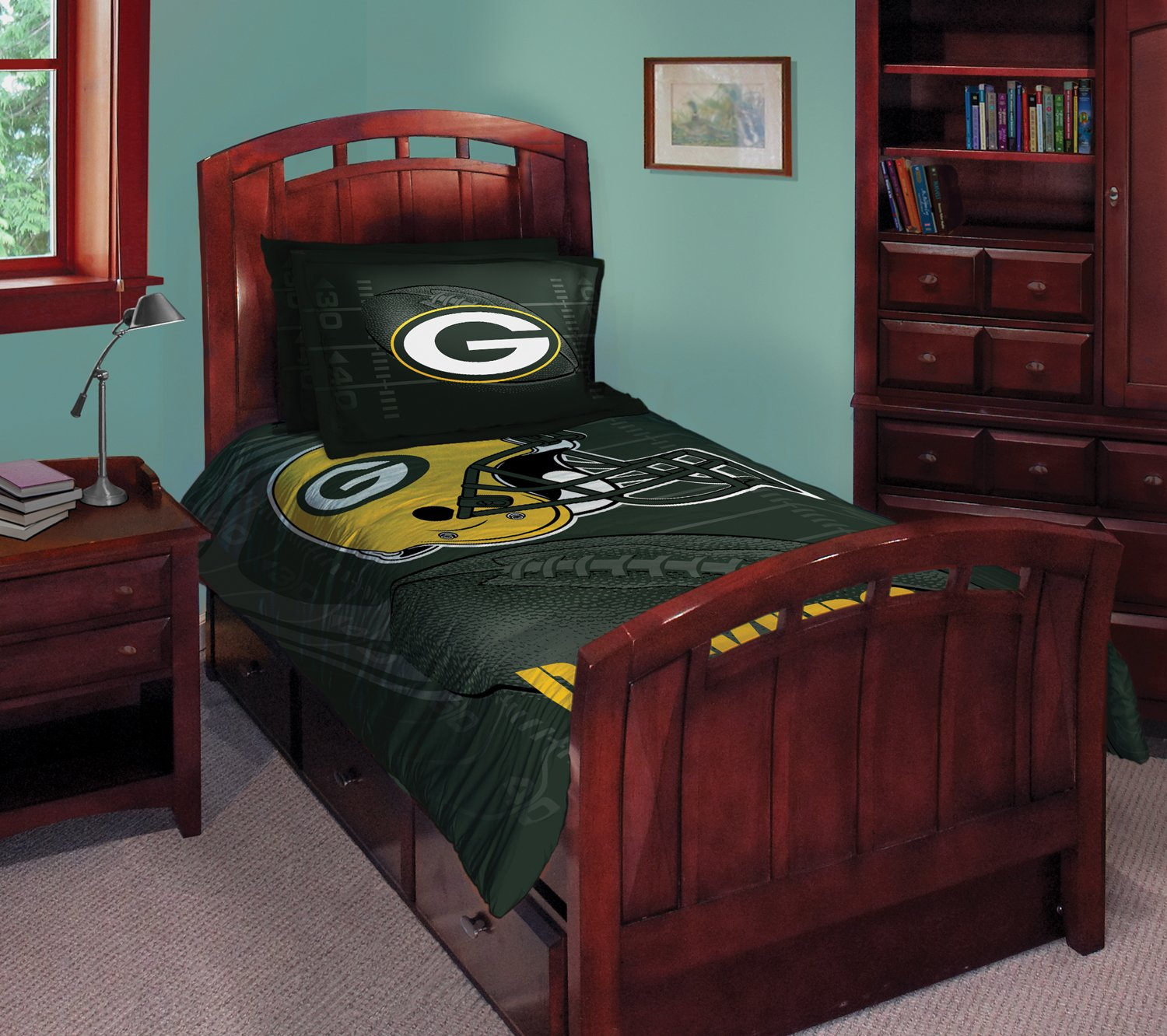 Amazon Com Green Bay Packers Twin Full Comforter With Two Pillow