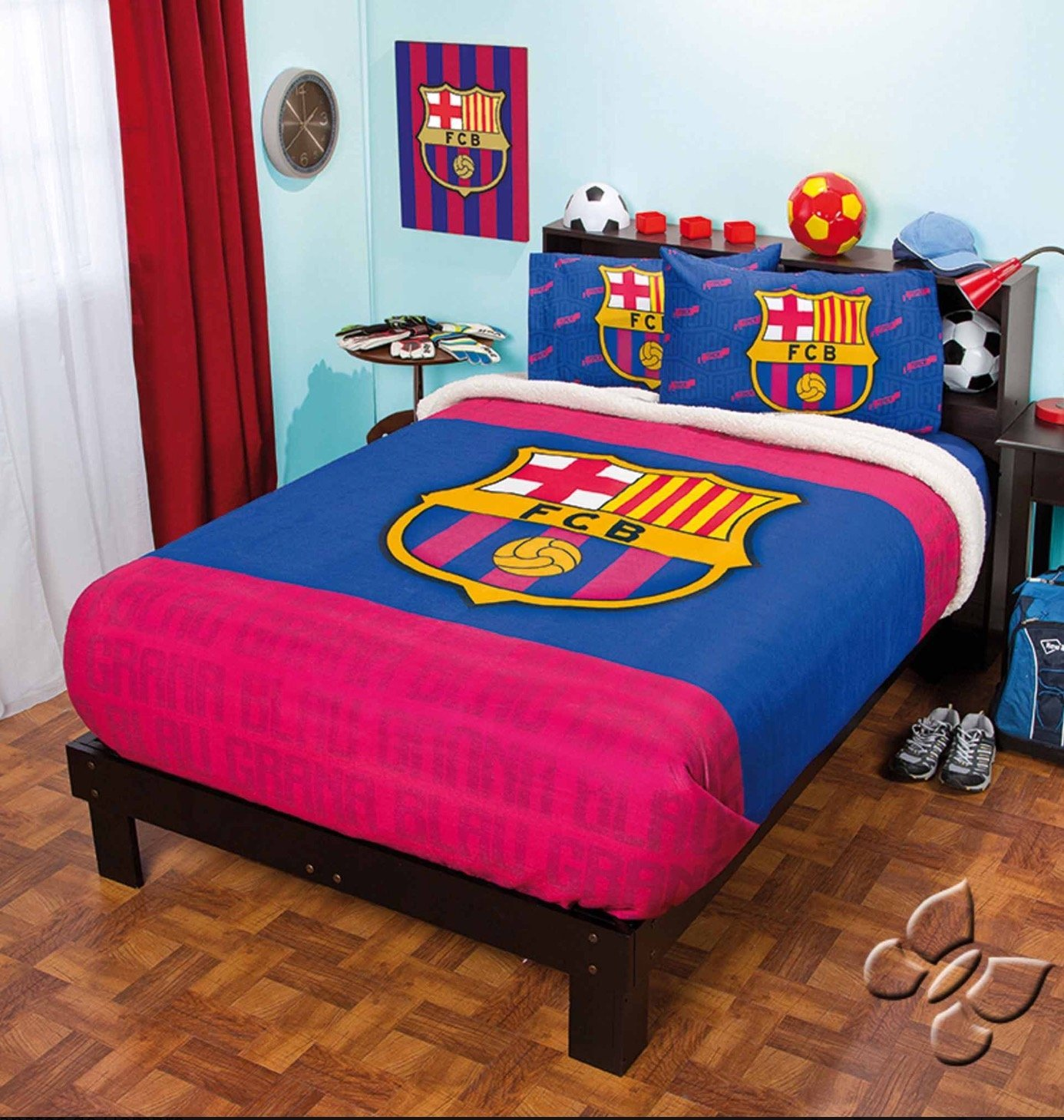 BARCELONA FOOTBALL CLUB ORIGINAL FUZZY FLEECE BLANKET,SHEET SET AND WINDOWS PANLES 6 PCS TWIN