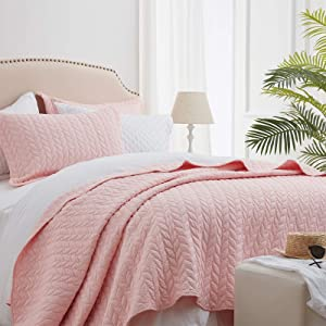 SunStyle Home Quilt Sets Queen Pink Lightweight Bedspread Soft Coverlet for All Season 3pcs Leaf Embroidered Quilted Bedding Set (1 Quilt 2 Pillow Shams)(90