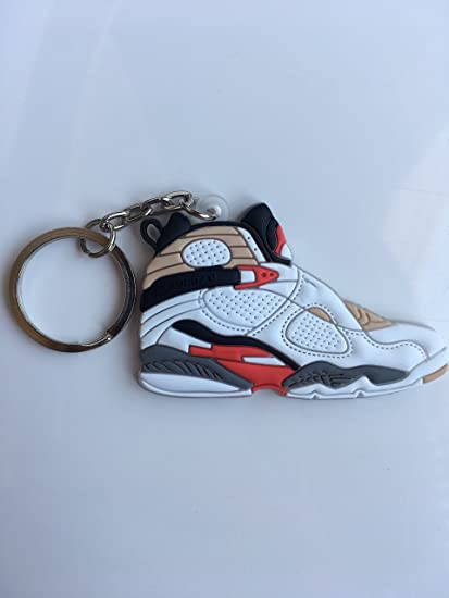 17d5bf434e86fd Amazon.com   Jordan Retro 8 Bugs Bunny Sneaker Keychain Shoes Keyring AJ 23  OG   Sports   Outdoors