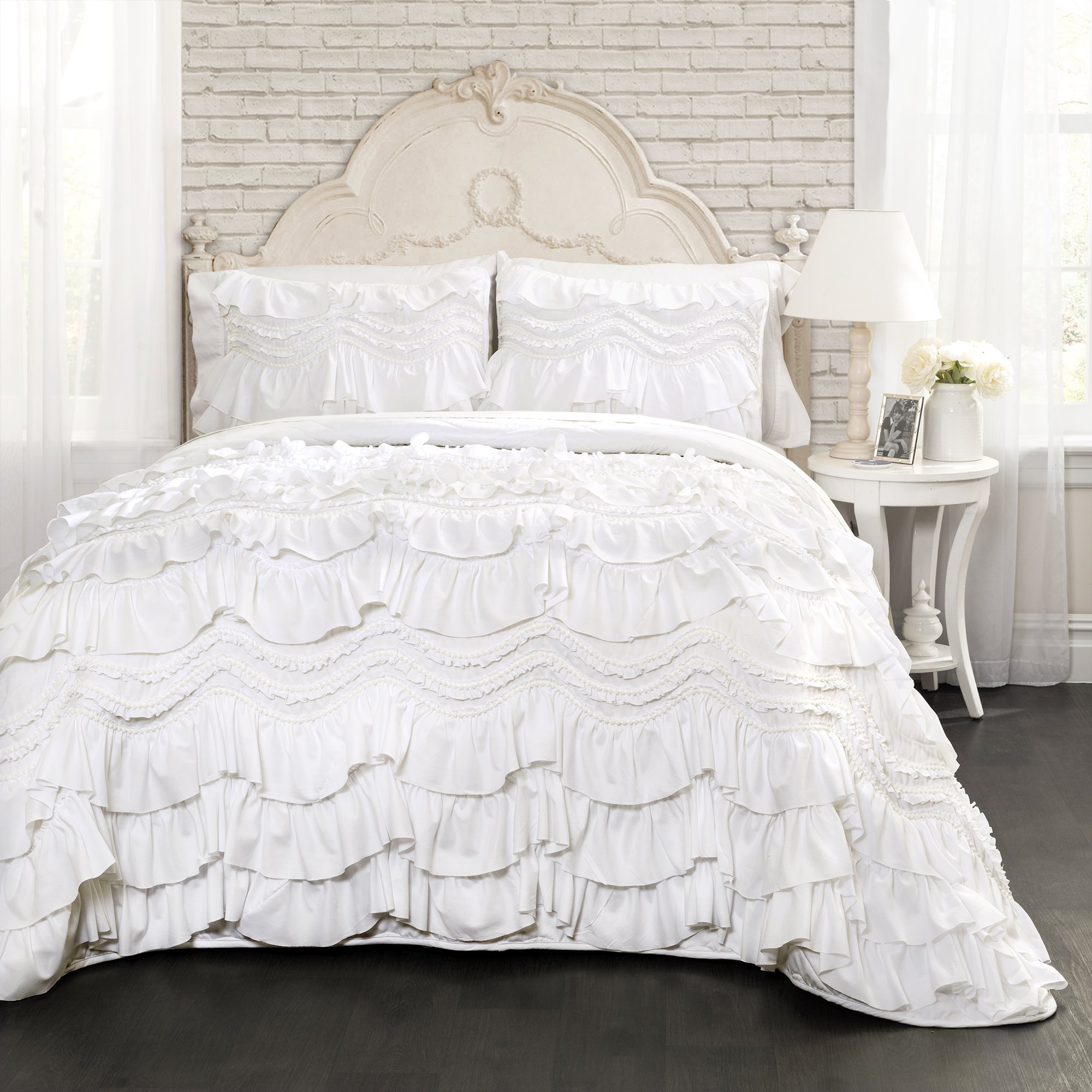 Lush Decor Kemmy Quilt Ruffled Textured 3 Piece Full Queen Size Bedding Set, White by Lush Decor