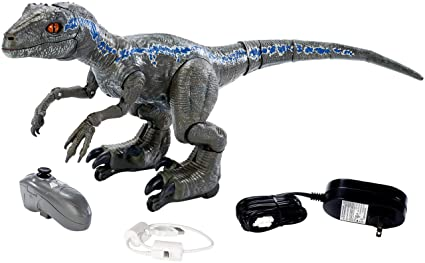 amazon com jurassic world toys fly56 alpha training blue toys games