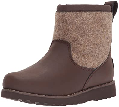4b96603f6 UGG Boys K Bayson II Pull-on Boot, Stout, 3 M US Little