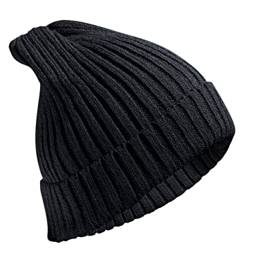 267f4de06 FREETOO Beanie Hat with Large Pom Pom Street Style Bobble Hat Cable Knit  Chunky Knit Hat with 3 Colour Any Outfit High Fashion