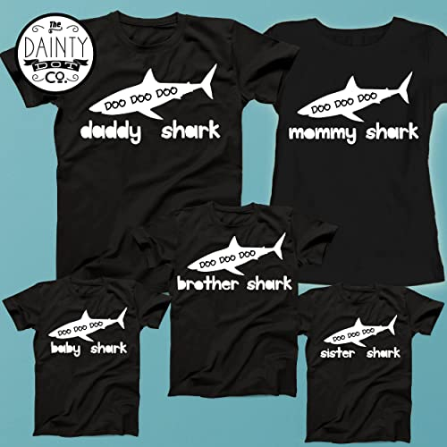 7ba8646ca Baby Shark, Daddy Shark,Mommy Shark, Matching Family T Shirts, Father Son  outfits, Mother Daughter Outfits, Daddy Matching, Father Son Set:  Amazon.co.uk: ...