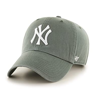 e2179129cd1 Image Unavailable. Image not available for. Color   47 Brand MLB NY Yankees  Clean up Cap - Moss