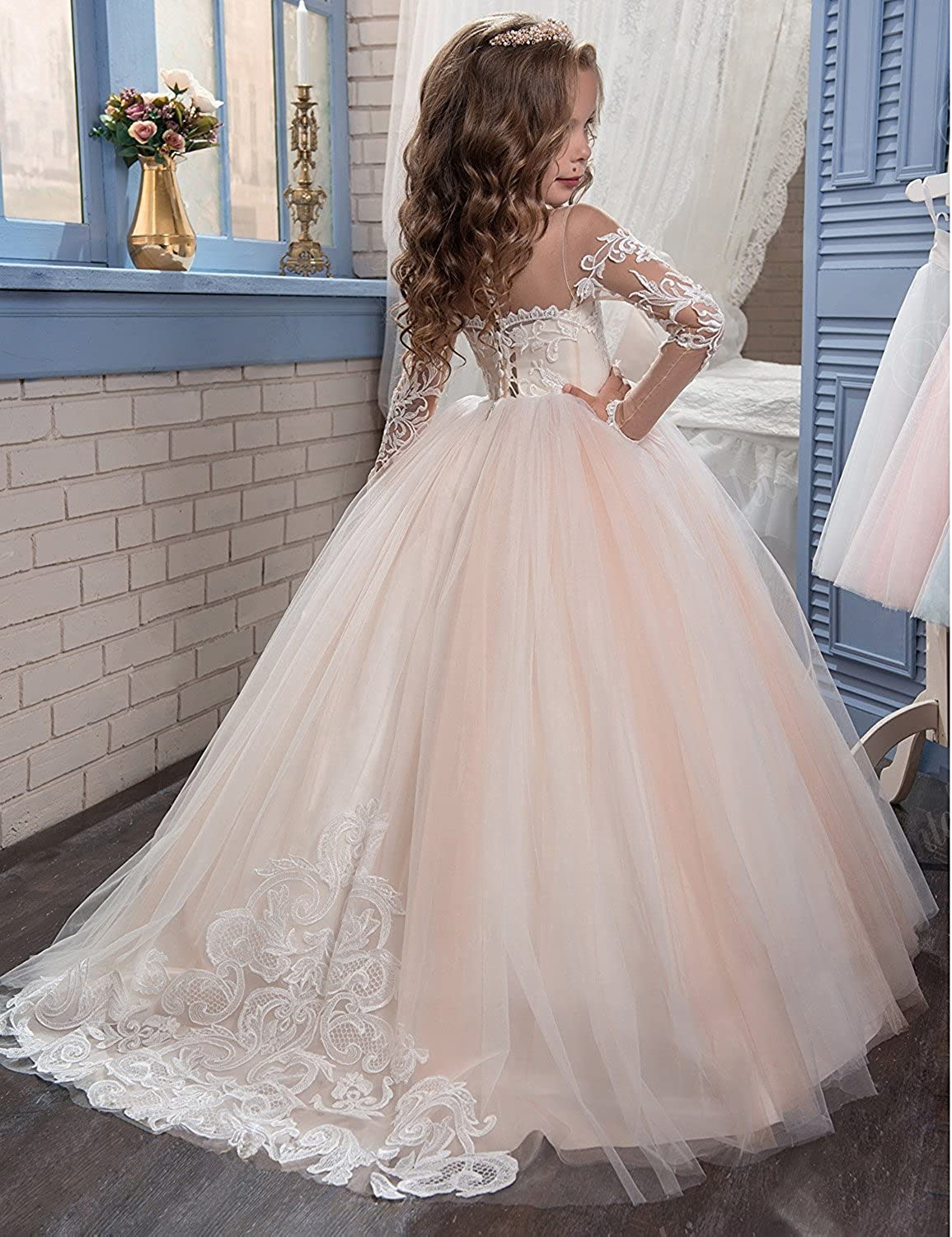 7af4e4b79c Amazon.com  Flower Girl Dresses Long Sleeves Lace Champagne Vintage  Communion Gowns  Clothing