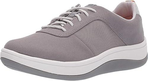 Círculo de rodamiento barril Huelga  Clarks Womens Arla Step. Fashion Sneakers: Amazon.ca: Shoes & Handbags