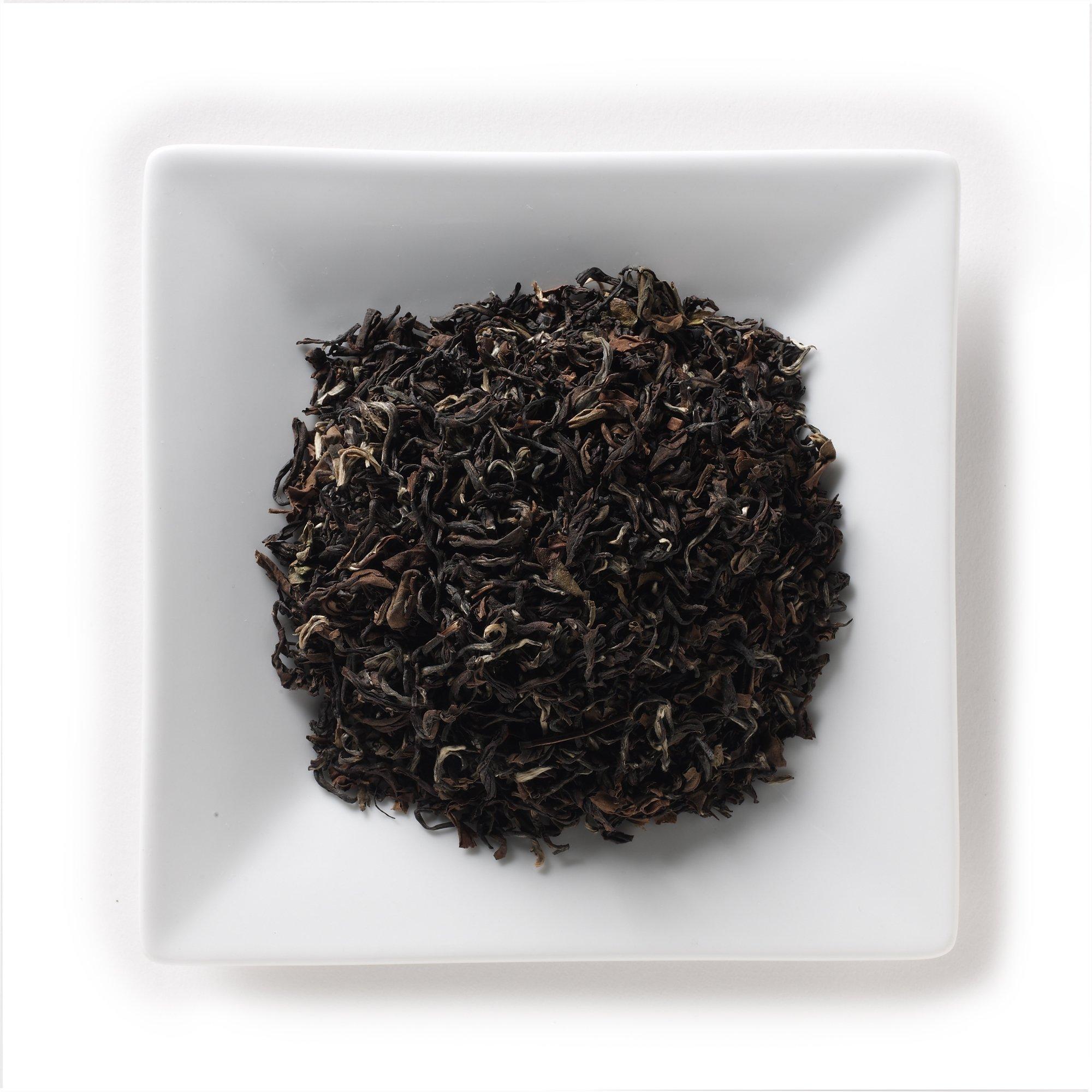 Mahamosa Darjeeling Indian Oolong Tea and Tea Infuser Set: 8 oz Singbulli Second Flush Oolong Tea, 1 Stainless Steel Tea Ball Infuser (Bundle- 2 items)