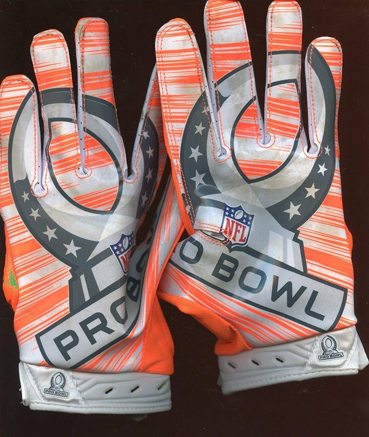 637fc30a4f6f Larry Fitzgerald  11 Pro Bowl Game Used Pair of Practice Gloves - NFL Game  Used Gloves at Amazon s Sports Collectibles Store