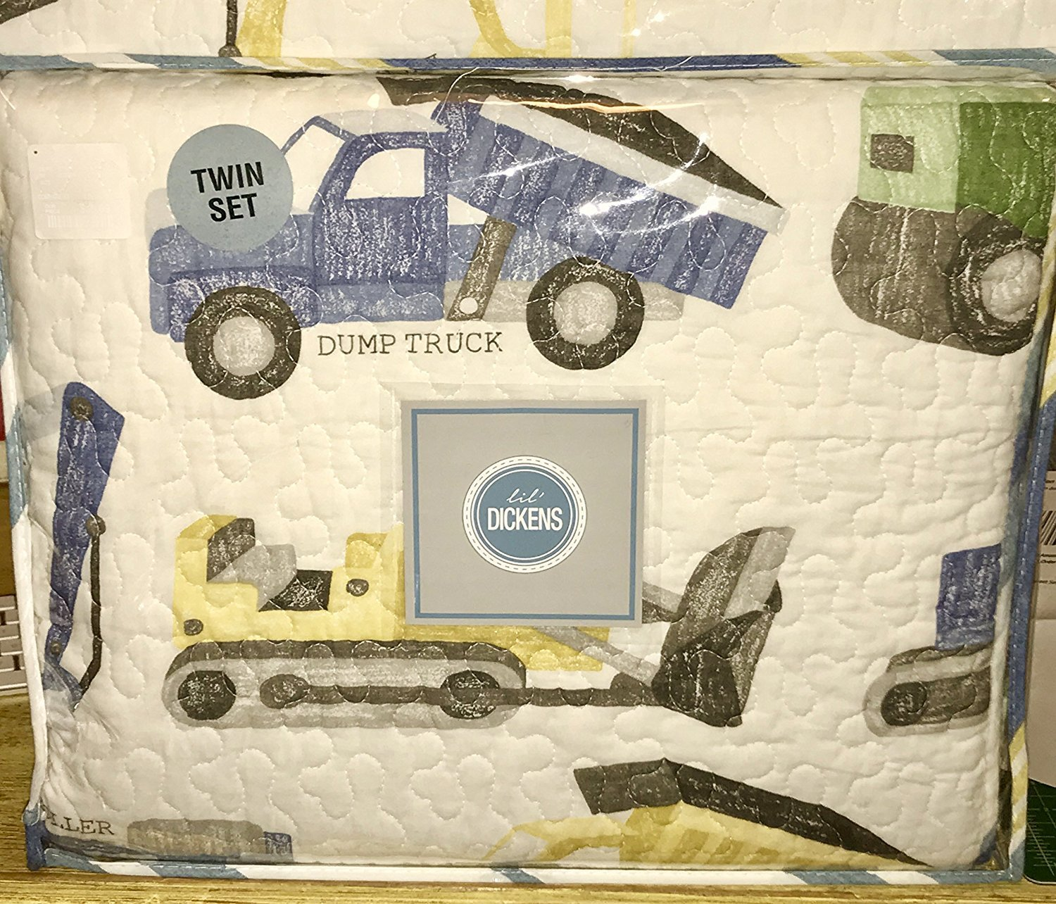 Lil Dickens Construction Trucks Twin or Full/Queen Size Quilt & Sham Set (Twin)