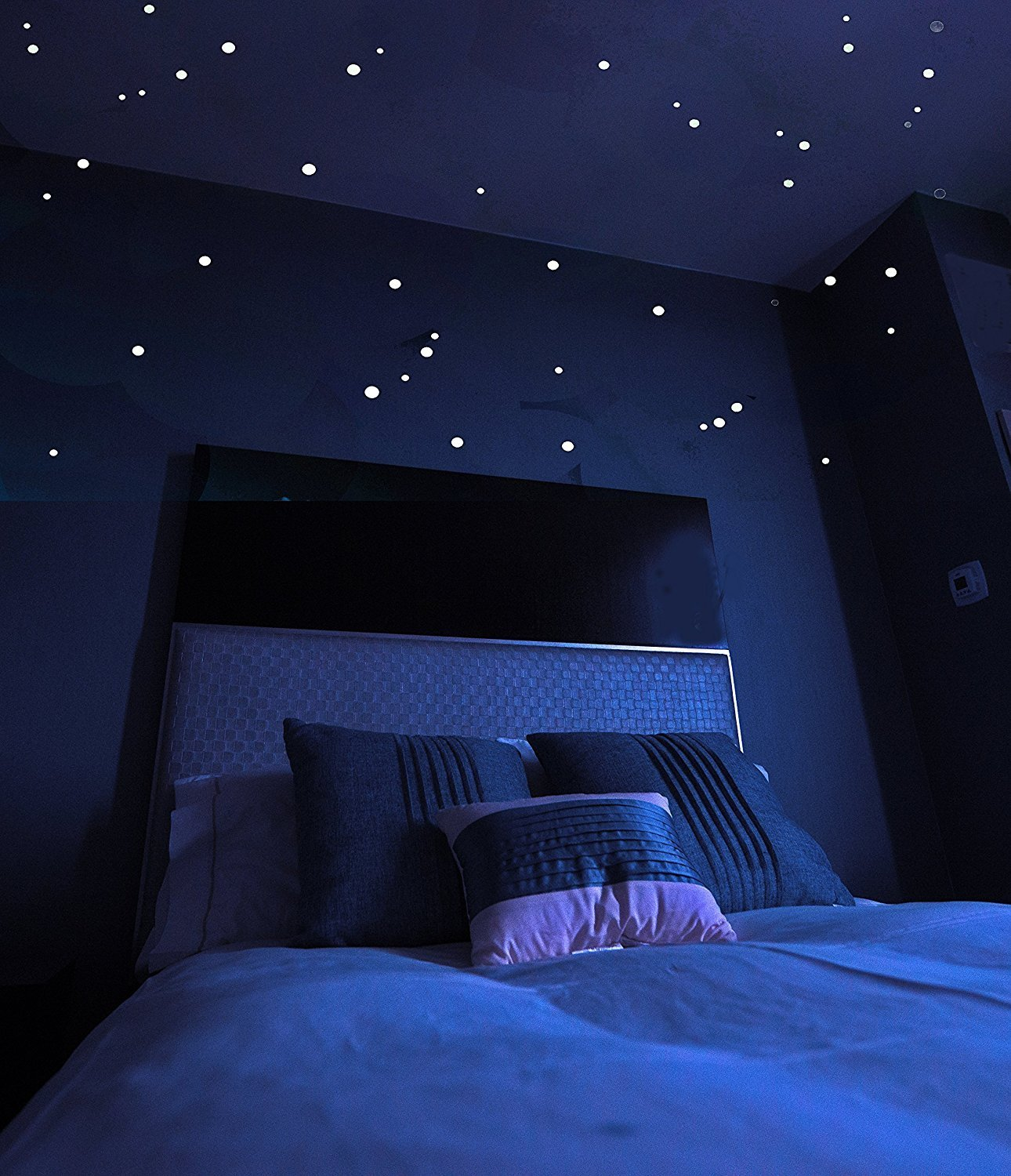 Star Vistas Glow in The Dark Star Stickers with Bonus Constellation Map, Long Lasting Self-Adhesive Dots Provide Realistic Starry Sky View on Ceiling or Wall for Any Kid's or Adult Room, 528 Piece Kensington Street Glow in the dark stars