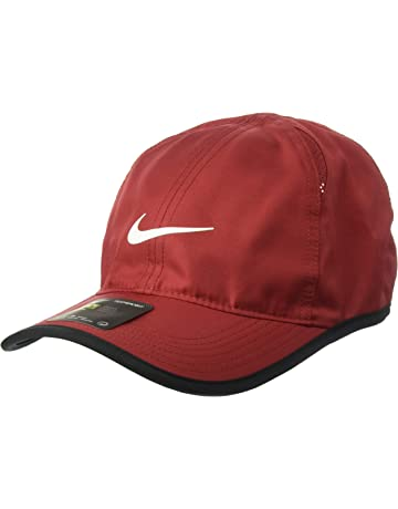 newest 30a11 e9a5f NIKE AeroBill Featherlight Cap.  2