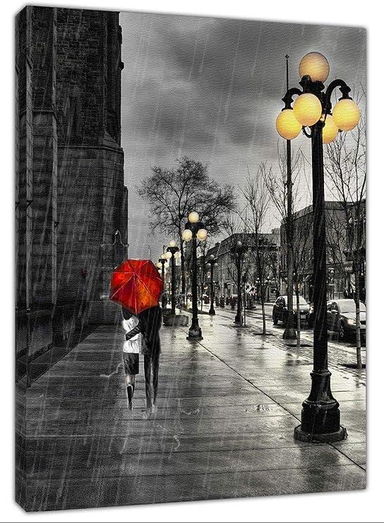 Lienzo enmarcado con impresión de paraguas rojos para parejas ...