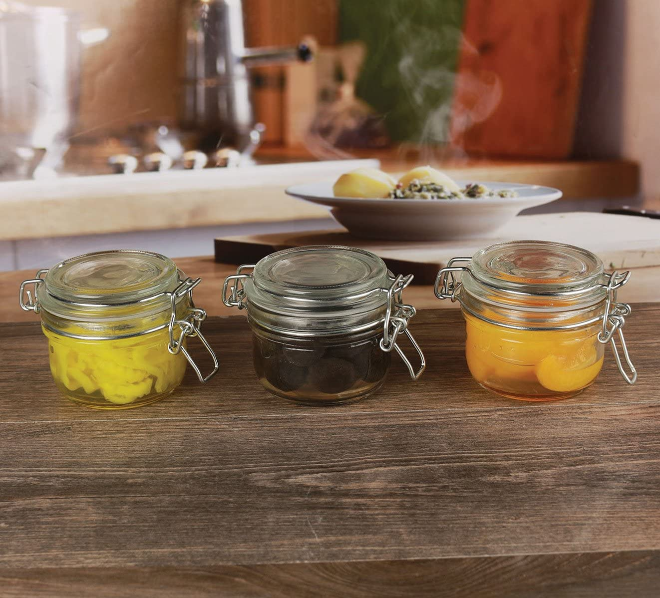 Circleware Glass Spice Jar with Swing Top Hermetic Airtight Locking Lid, Set of 3, Kitchen Food Preserving Storage Containers for Coffee, Sugar, Tea, and Himalayan Seasoning, 5.81 oz, Clear