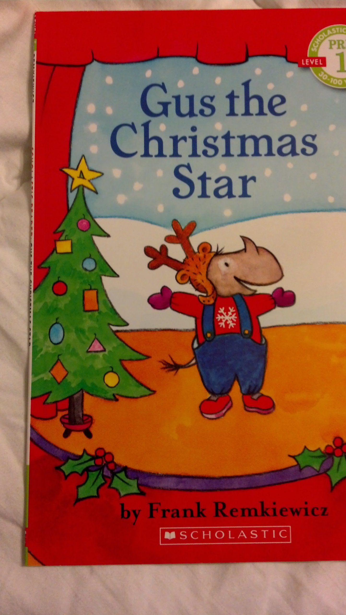 Download Gus the Christmas Star - Pre 1 Level Reader PDF