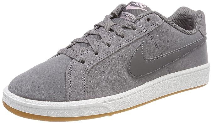 the best attitude 9d01e 66832 Nike WMNS Court Royale Suede, Chaussures de Gymnastique Femme  Amazon.fr   Chaussures et Sacs