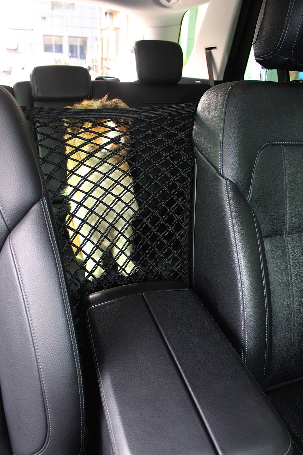 INNX Dog Barrier with Storage Net for Back Seat, Stretchable Front Seat Pet Barrier for Sedan,SUV, Mini-Van,Pick up Truck (15.7''x19.7'',Full Size SUV/Pick up Truck)
