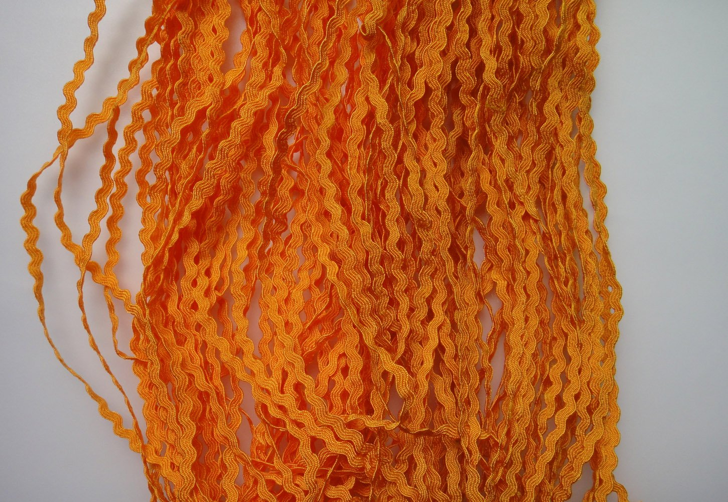 Lyracces Wholesale Lots 50yards Mini Woven Zigzag Rick Rack Ribbon Ric Rac Trims Scrapbooking Dressmaking 3mm, Yellow