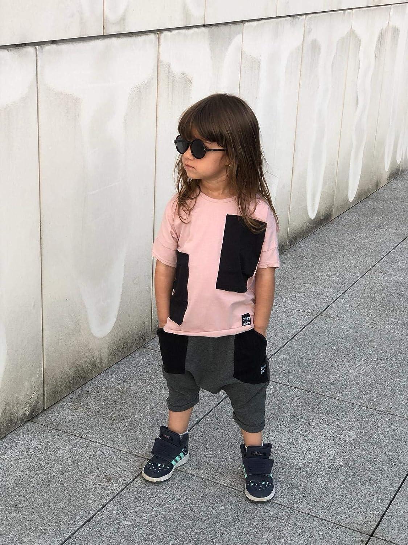 3fnky kids Pantalones Cortos Deportivos de algod/ón para ni/ños y ni/ñas de 2 a 8 a/ños Black Pockets