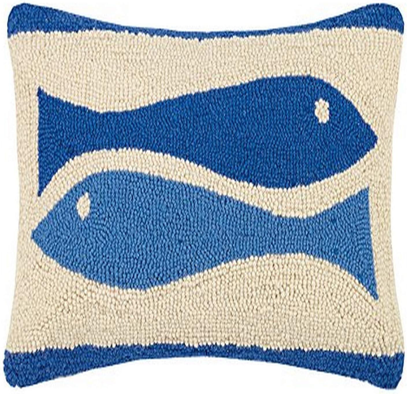 Peking Handicraft Wanderlust Hook Pillow Green//Blue