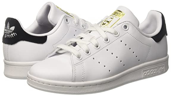 Tênis adidas Stan Smith Originals Classic  Amazon.com.br  Amazon Moda 0184b3cc09866