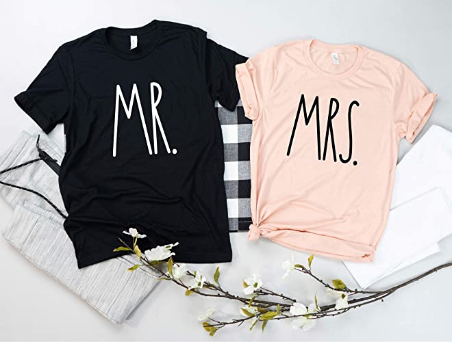 25d86eac00 Mr and Mrs Couples Shirt Set, Bride and Groom Custom T Shirts, Wedding  Gift, Many Colors: Amazon.ca: Handmade