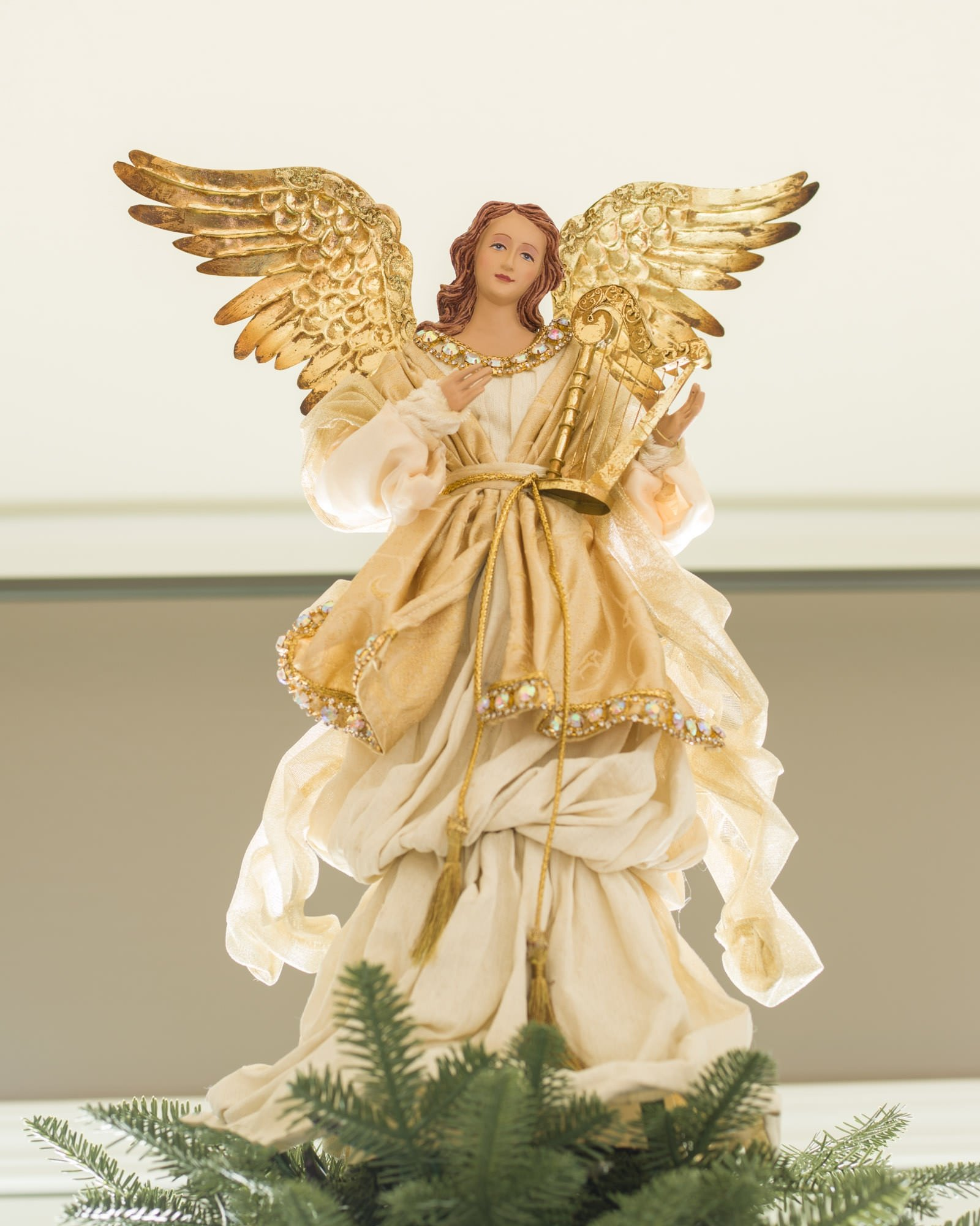 Balsam Hill 19'' Gold Angel Tree Topper