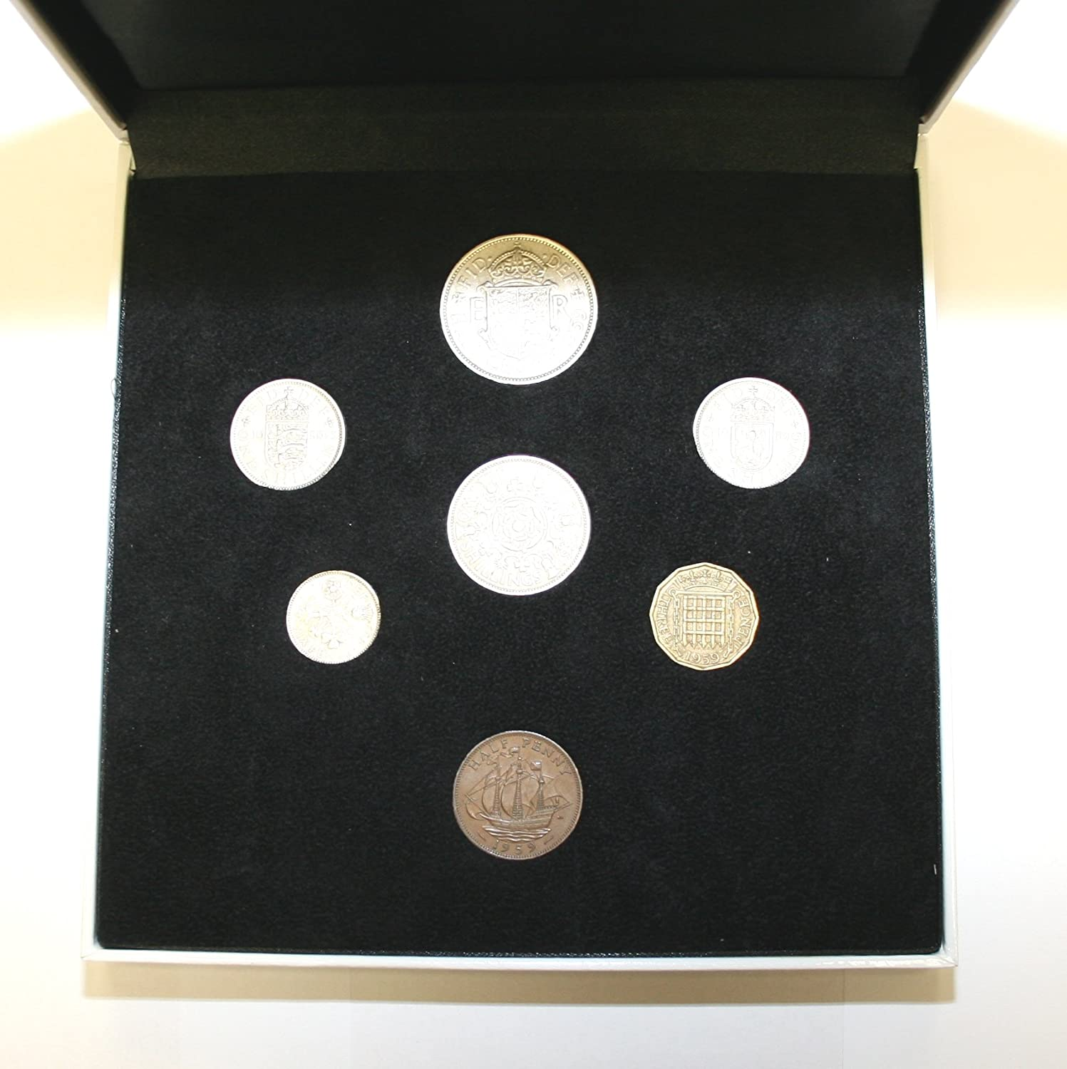 170mm x 170mm x 36mm Contains Every Coin Issued In 1959 All Professionally Graded Very Fine or Better Condition 1959 Complete British Coin Year Set in a Specially Designed Quality Presentation Case