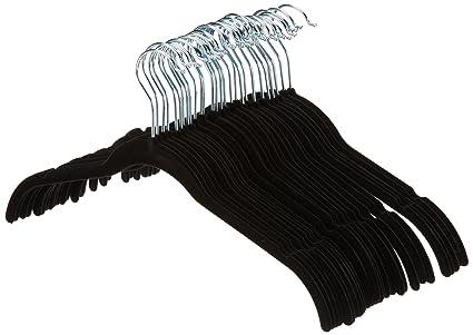 AmazonBasics - Perchas de terciopelo para camisas/vestidos - Paquete de 30, Negro