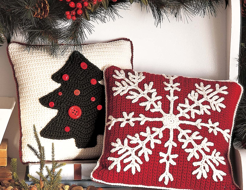 FESTIVE Kris Kringle Cushion//Pillow//Decor//Crochet Pattern Instructions