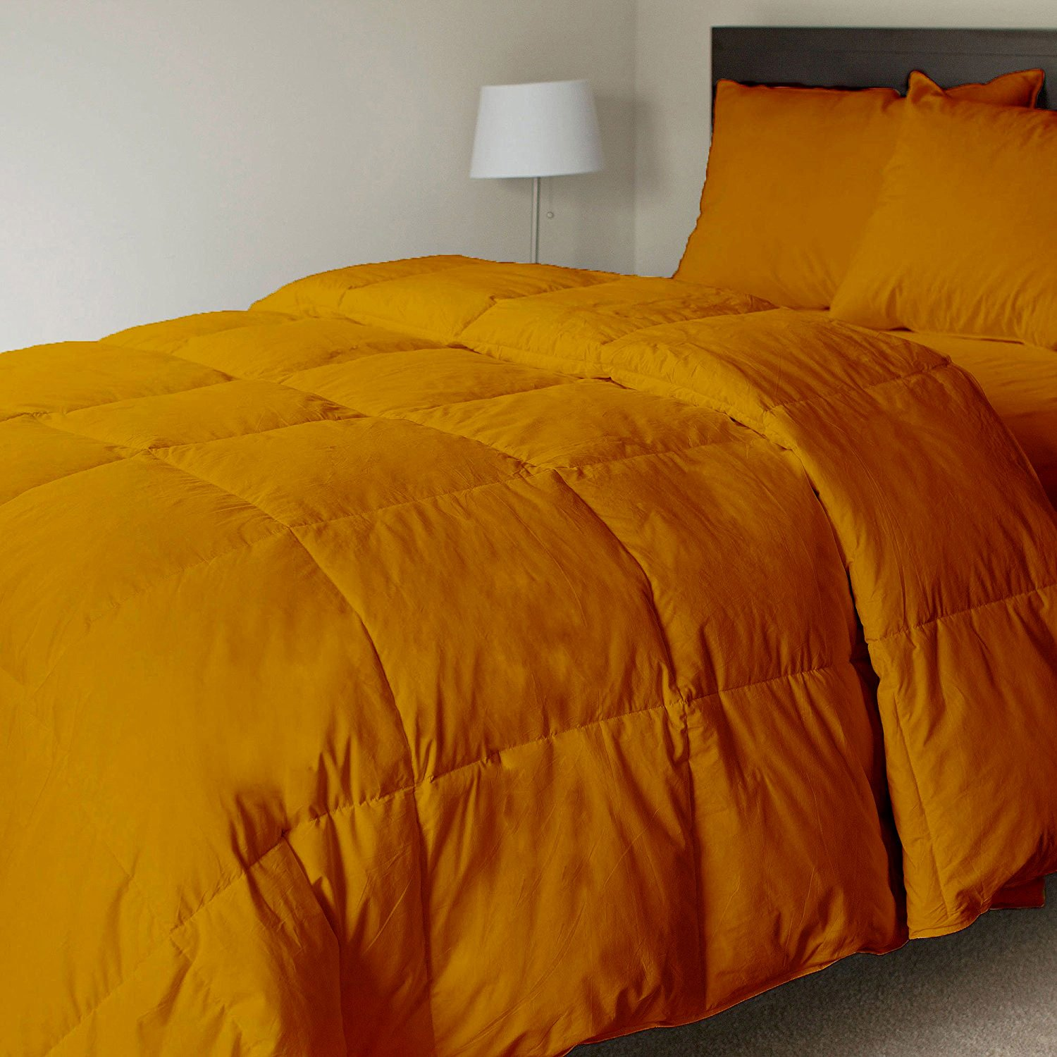 Luxurious and Elegant Quality Soft Fluffy 500 GSM Comforter 600TC 100% long staple Egyptian cotton All Seasons Italian finish Breathable Design Quilt/Comforter by Bedding Homes(Queen-Gold)